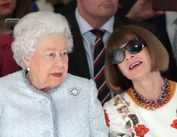 Wintour slammed for not removing sunglasses