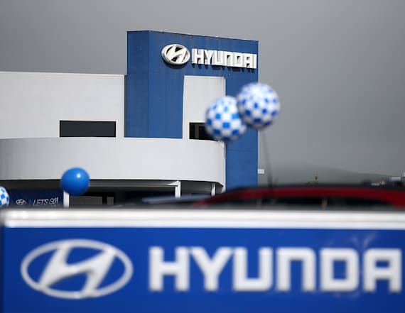 Report: US probing deaths linked to Hyundai air bags