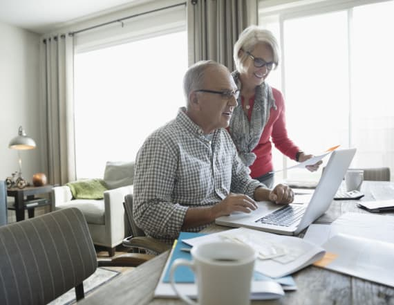 Experts: Best way to maximize retirement income