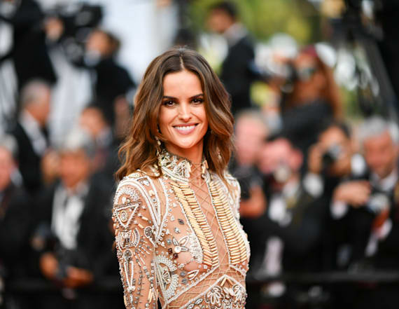 Izabel Goulart appears naked at Cannes