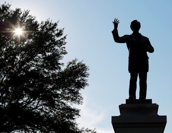 City punished for taking down Confederate statutes
