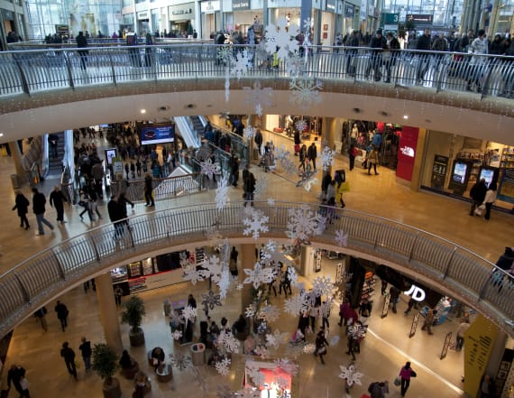 8 ways to simplify Black Friday shopping