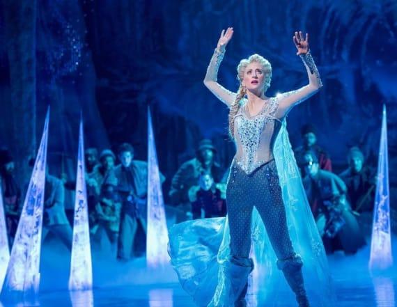 Elsa wears pants in the 'Frozen' musical