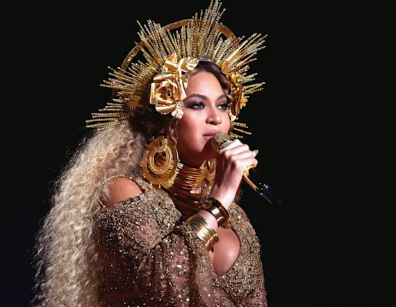 Beyoncé's birthday cake is fit for a queen