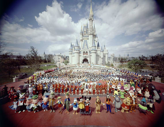 20 vintage photos of Disney World