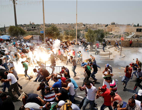 Photographer recounts Jerusalem's 'Day of Rage'