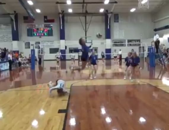 Teen volleyball player's incredible save goes viral