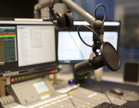 Male radio host takes pay cut for female co-host