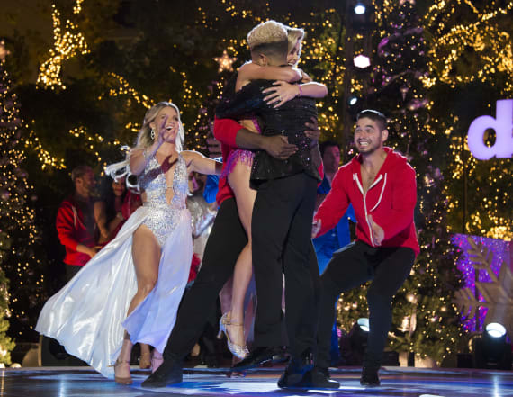 'Dancing With the Stars' crowns season 25 champion