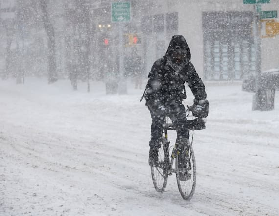 Northeast braces for cold air, snow after warm up