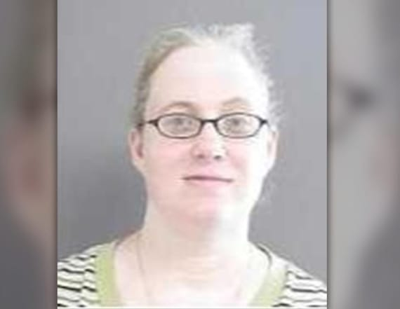 Texas woman charged with mailing explosives to Obama