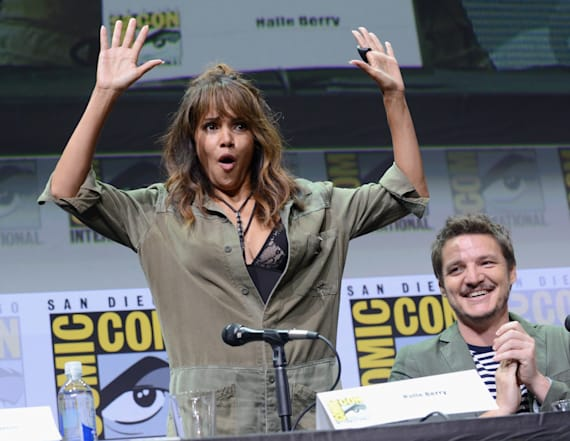 Halle Berry chugs whiskey like a champ at Comic-Con