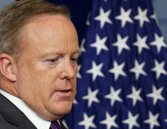 Hollywood reacts to Sean Spicer's resignation