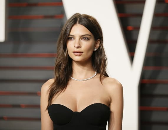 Surprise! Emily Ratajkowski suddenly weds