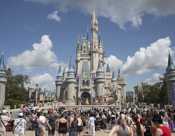 The cheapest and most expensive time to visit Disney