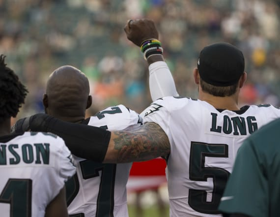 Chris Long supports teammate during anthem protest