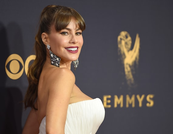 Best beauty looks at the 2017 Emmys