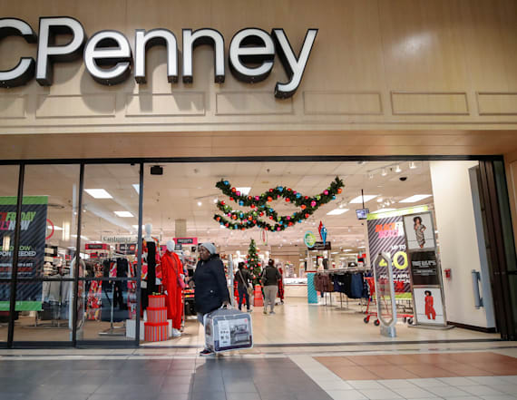JC Penney is tumbling as guidance disappoints