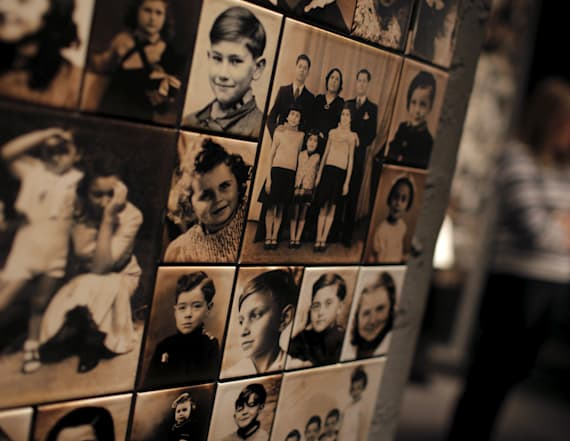 Auschwitz artifact exhibit to go on tour in US