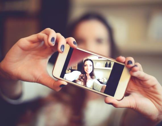 Study: Millennials spend hour a week taking selfies