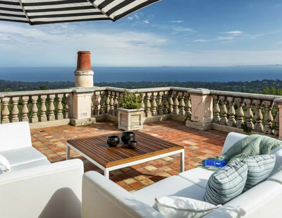 Jeff Bridges sells jaw-dropping mansion for $16M