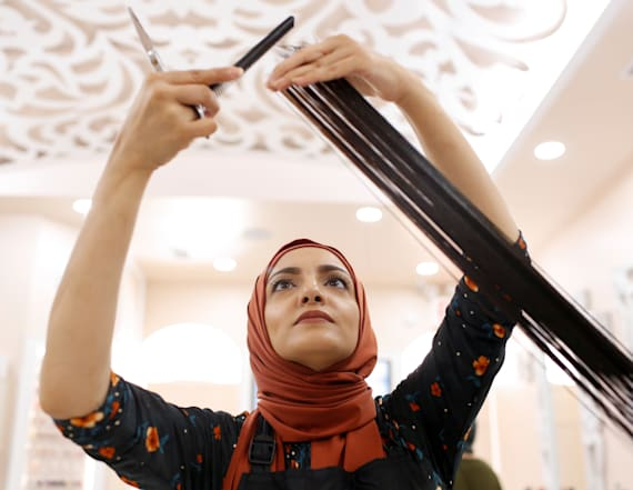 New salon prepares Muslims for holiday in Brooklyn