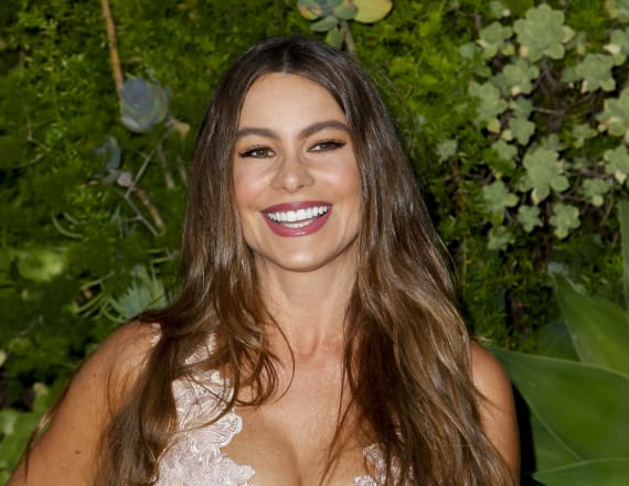Sofia Vergara's 27-year old niece could be her twin