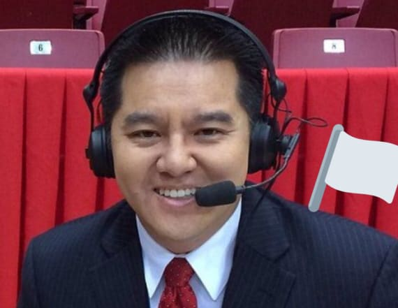 ESPN pulls announcer Robert Lee from covering game