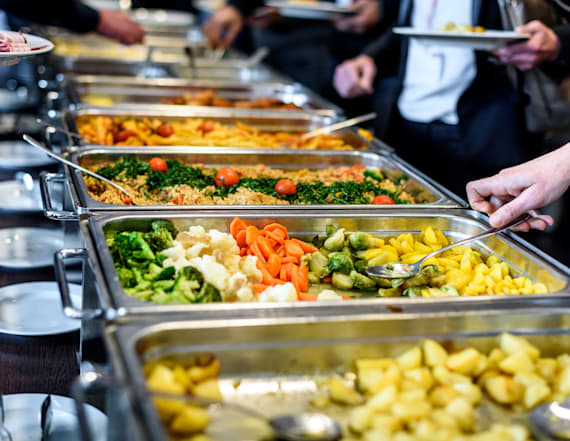 No. 1 food to avoid at buffets at all costs