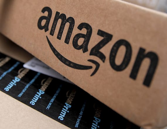 Couple shocked after receiving weed from Amazon