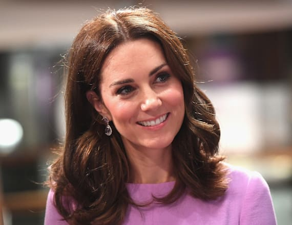 Woman looks just like Duchess Kate after makeover