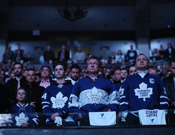 Maple Leafs hold tribute for van collision victims