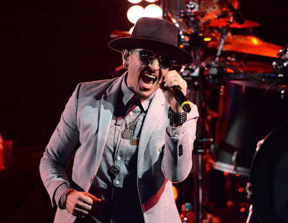 Coroner discloses how Linkin Park frontman died