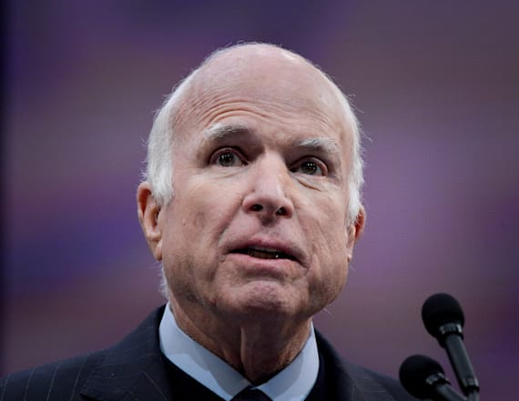 McCain chastises Trump for continuing widow feud