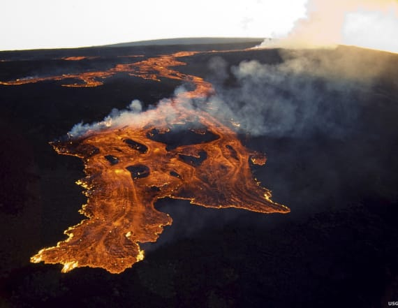 Hot magma is rising underneath New England