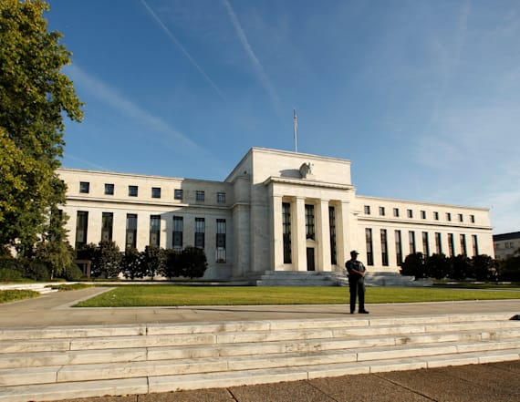 Fed maintains interest rates amid economic slowdown