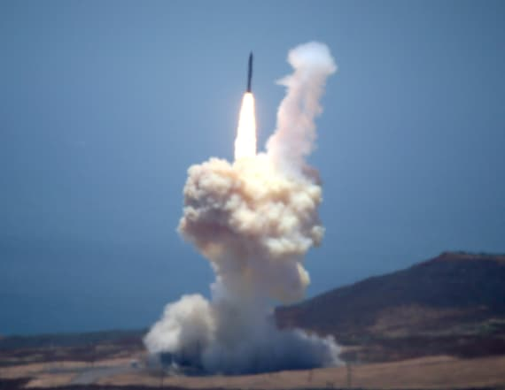 US fails to shoot down ballistic missile