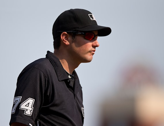 MLB umpire saves woman's life on Pittsburgh bridge