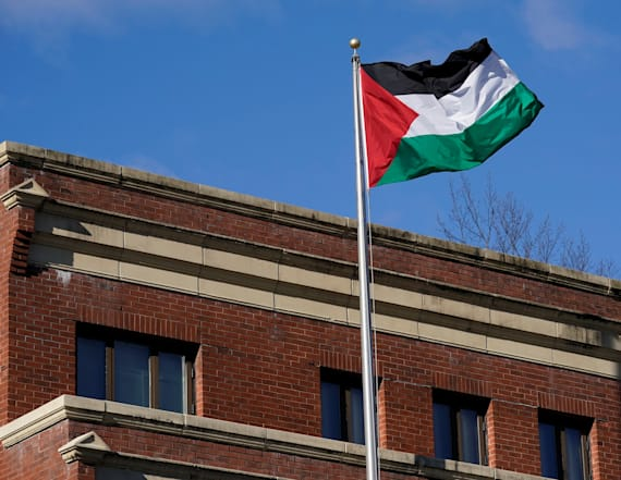 Palestinians say they won't be blackmailed by US