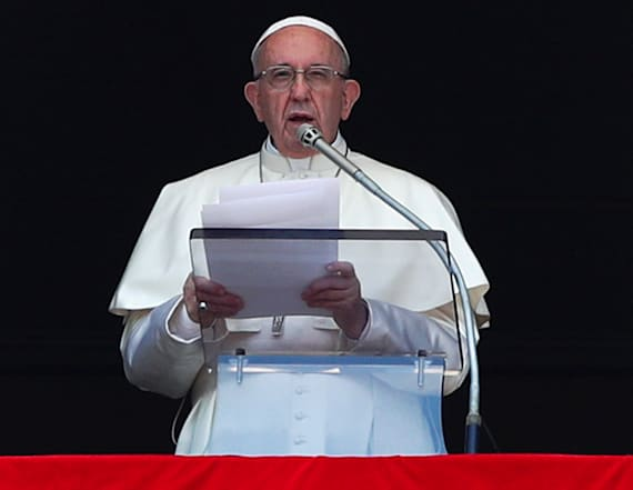 Pope apologizes for sex abuse scandal