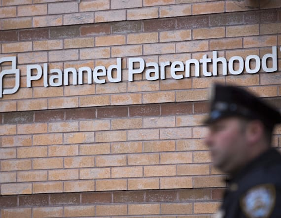 HHS revokes Obama-era Planned Parenthood protection