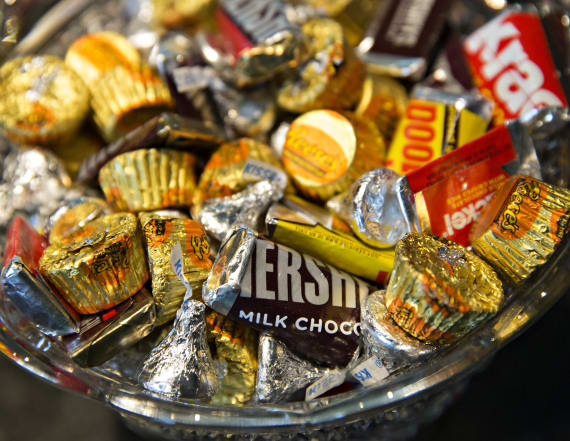 2 Halloween candies tie as worst calorie offenders