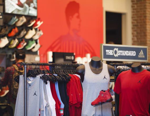 Retailer in critical danger of losing market share