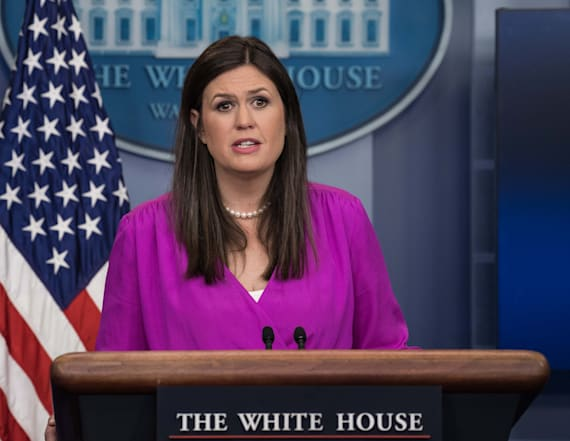 Reporter snaps at White House briefing