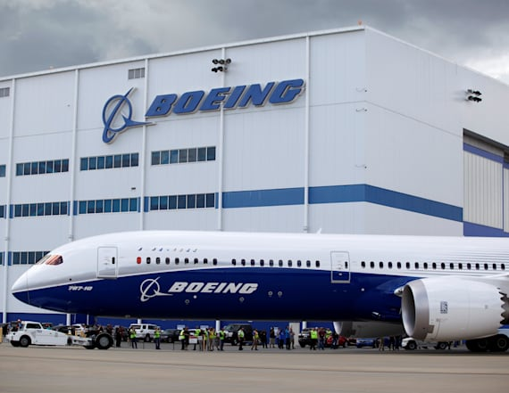 Boeing signs defense deal with Saudi Arabia