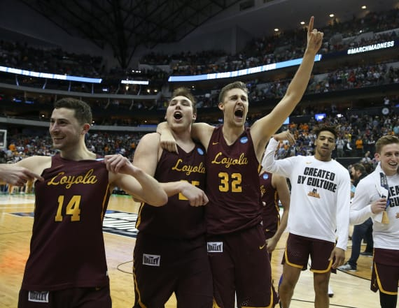Loyola continues run, beats Tennessee with late shot