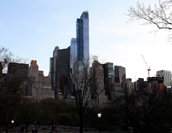NYC's 'Billionaire's Row' of real estate is dying