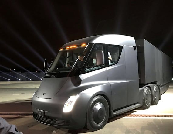 Tesla just unveiled its first electric semi