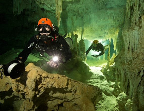 World's biggest flooded cave found in Mexico