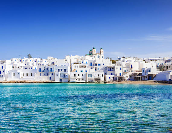 18 reasons why Paros is the next Santorini